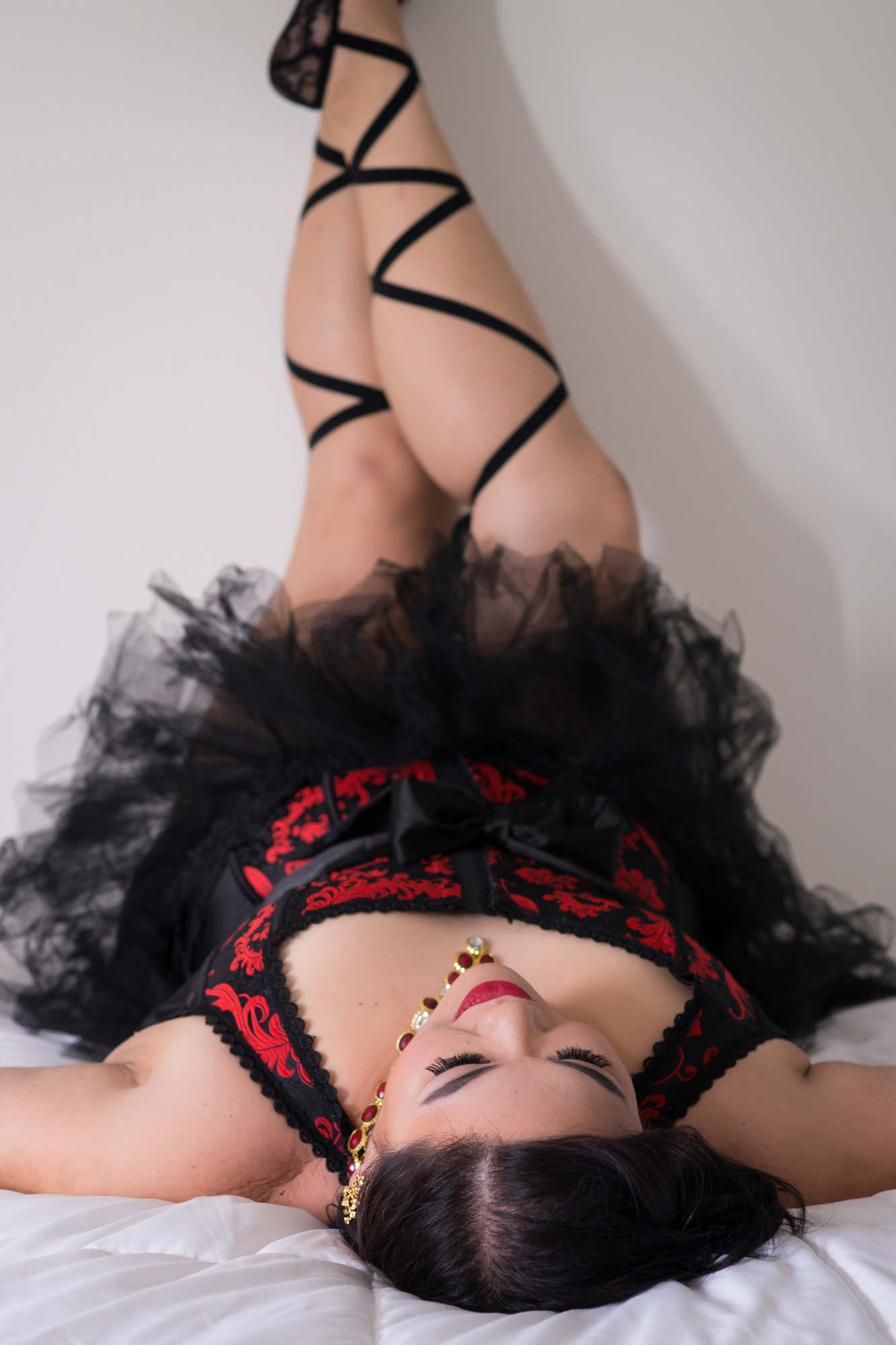Boudoir photography by Lindley Ashline
